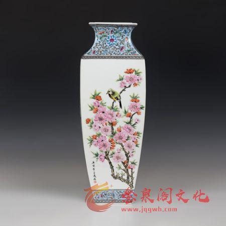 中国工艺美术大师徐亚